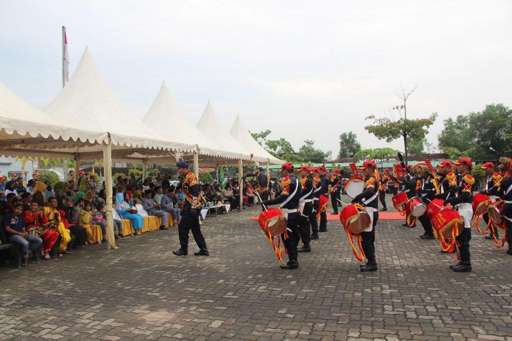 Drumband Canka Putra Perkasa meriahkan acara Hari Bhakti Kemasyarakatan ke 54