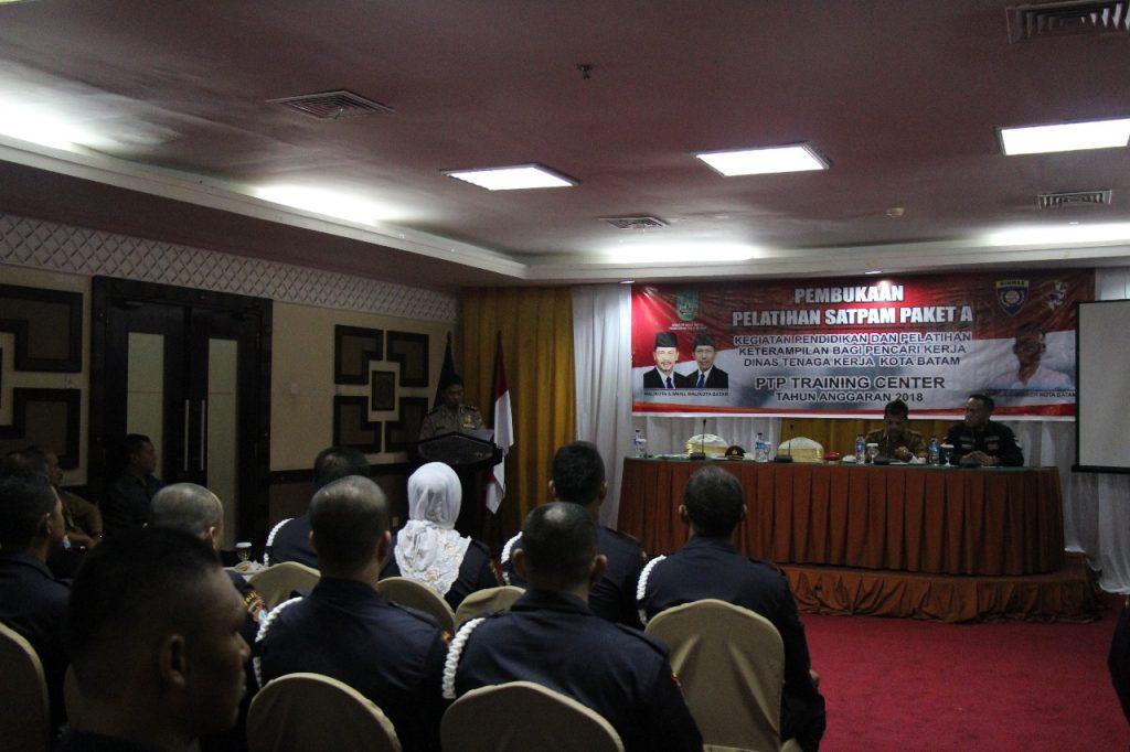 pembukaan pelatihan gada pratama oleh AKBP Rudi