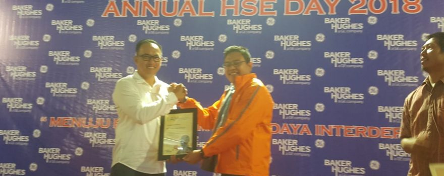 PT. Putra Tidar Perkasa menerima HSE CEO AWARDS and ANNUAL HSE DAY 2018 dari PT. Vetco Gray Indonesia