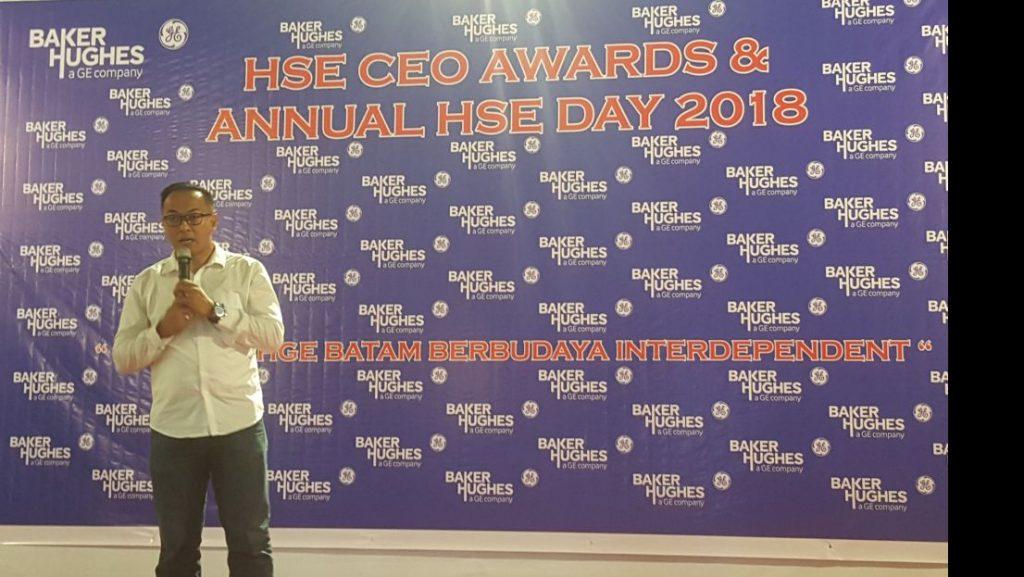PT. Putra Tidar Perkasa menerima HSE CEO AWARDS and ANNUAL HSE DAY 2018 dari PT. Vetco Gray Indonesia yang diterima oleh Direktur Utama