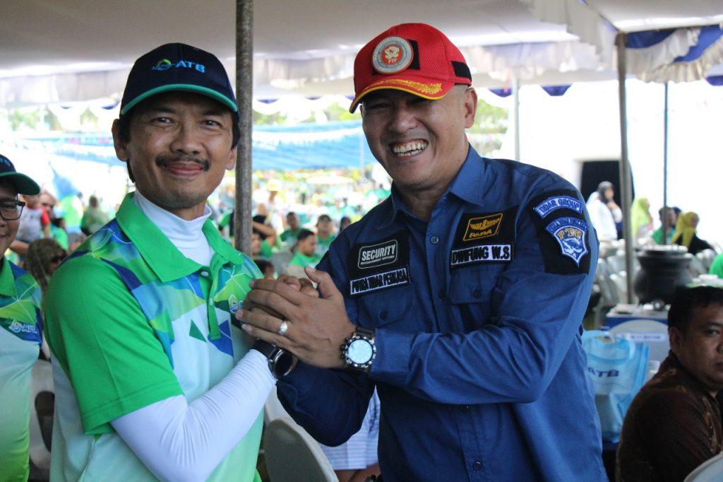 Foto bersama dengan Dirut PTP dan Presiden Direktur ATB Batam