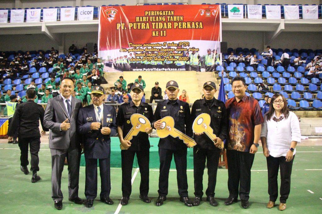 Foto bersama dengan pihak GMP
