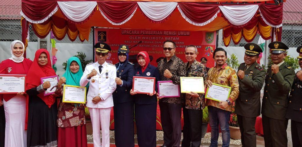 PT. Putra Tidar Perkasa menerima penghargaan atas Program Binaan