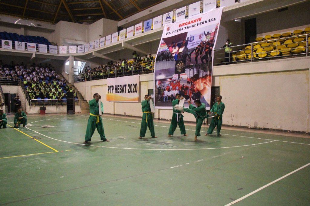 Pemecahan Batako oleh Satpam PTP HUT ke 11- Yongmoodo