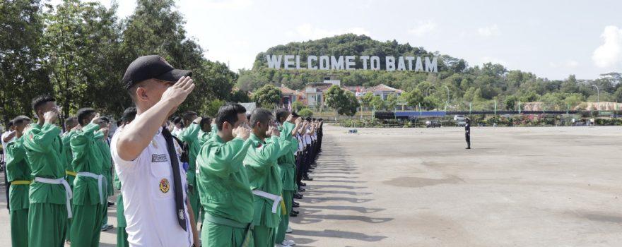 Satpam PTP melaksanakan upacara bulanan di WTB
