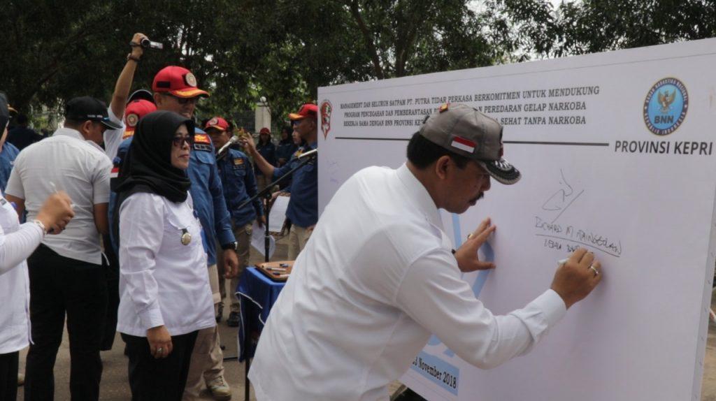 Kepala BNNP Kepri Tandatangani Kerjasama dengan PTP