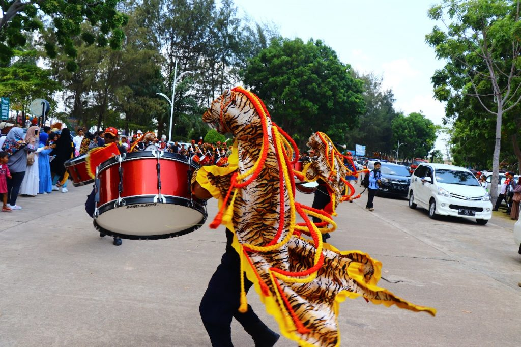 Jasa Keamanan Satpam - Drumband Satpam Hebohkan acara di Mega Wisata Ocarina Batam