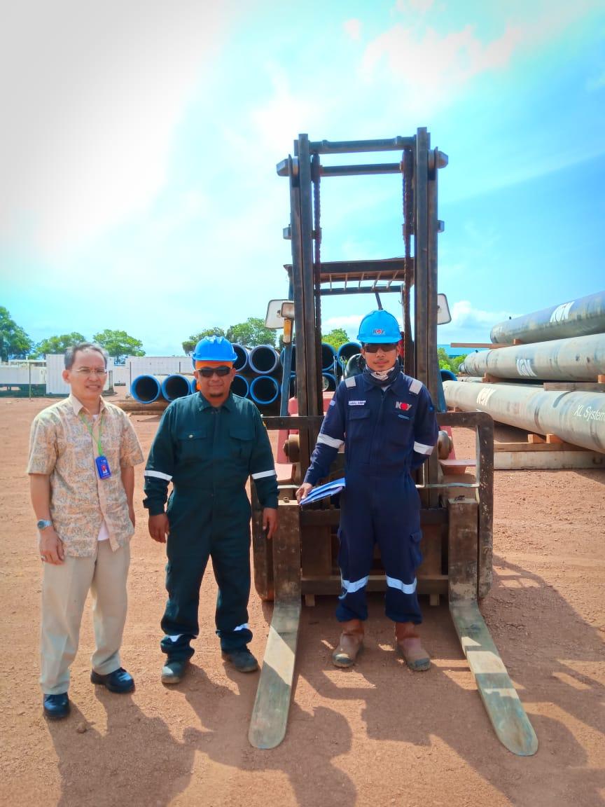 PTP Beri Dukungan Operator Forklift Untuk PT H-Tech