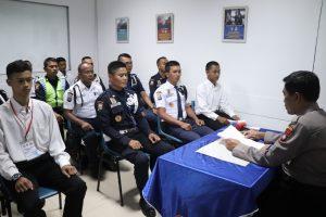 Satpam Keren Ikut Pelatihan Gada Pratama di PTP Training Center