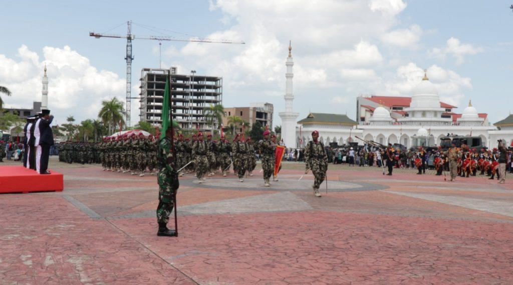 Defile-Pasukan-HUT-TNI-ke-74-di-Batam