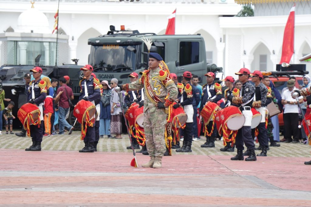 Drumband-Satpam-Canka-Putra-Perkasa-HUT-Ke-74-TNI-Batam-