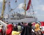 Drumband Satpam Canka Putra Perkasa sambut KRI Bima Suci-945 di Batam - Penyambutan di Pelabuhan Batu Ampar -