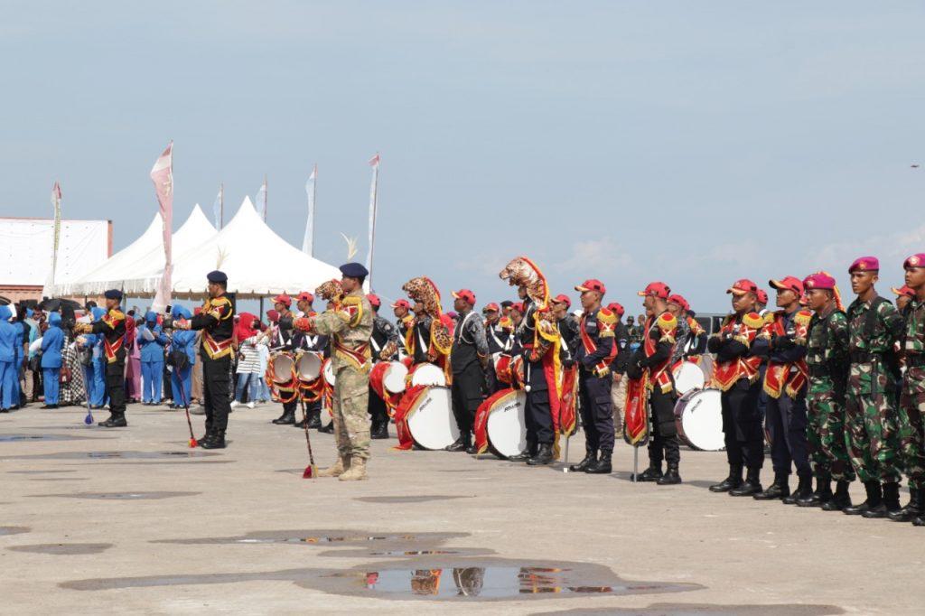 Drumband-Satpam-Canka-Putra-Perkasa-sambut-KRI-Bima-Suci-945-di-Batam-Penyambutan-di-Pelabuhan-Batu-Ampar-1-1