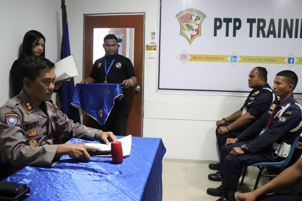 Pelatihan Satpam Gada Pratama di Kota Batam - PTP Training Center - angkatan ke XLIV tahun 2019 - Ditbinmas Polda Kepri