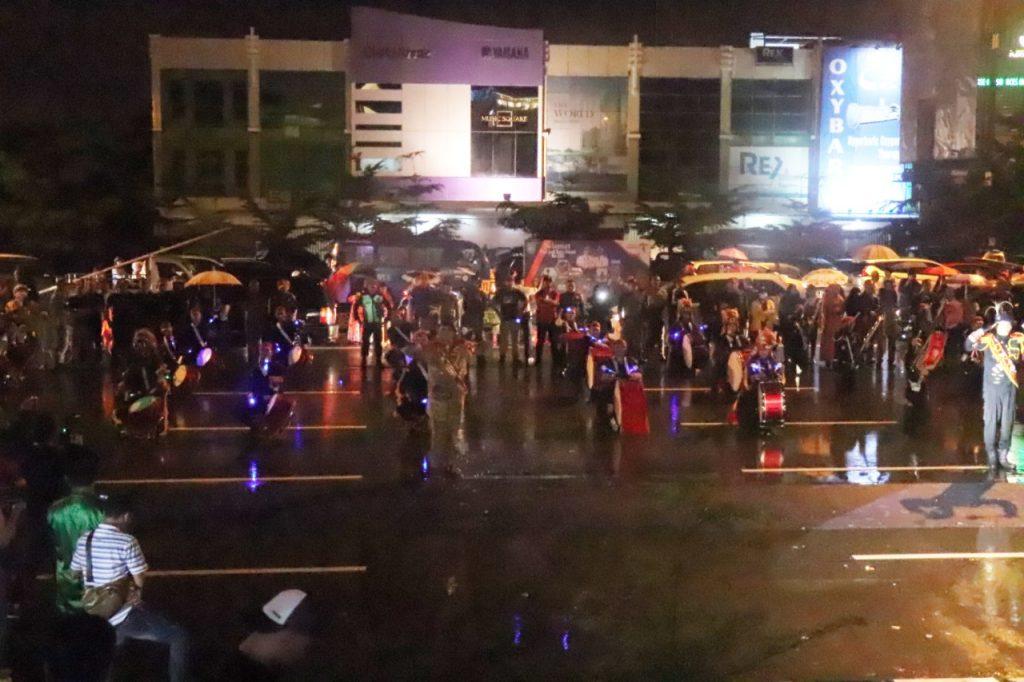 Drumband Satpam Canka Putra Perkasa dalam acara Hari Jadi Kota Batam ke 190