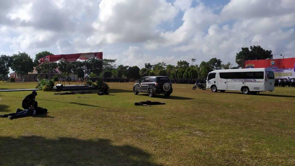Atraksi Peragaan Mengatasi Begal oleh Satpam PTP saat HUT Satpam ke 39 di Mapolda Kepri