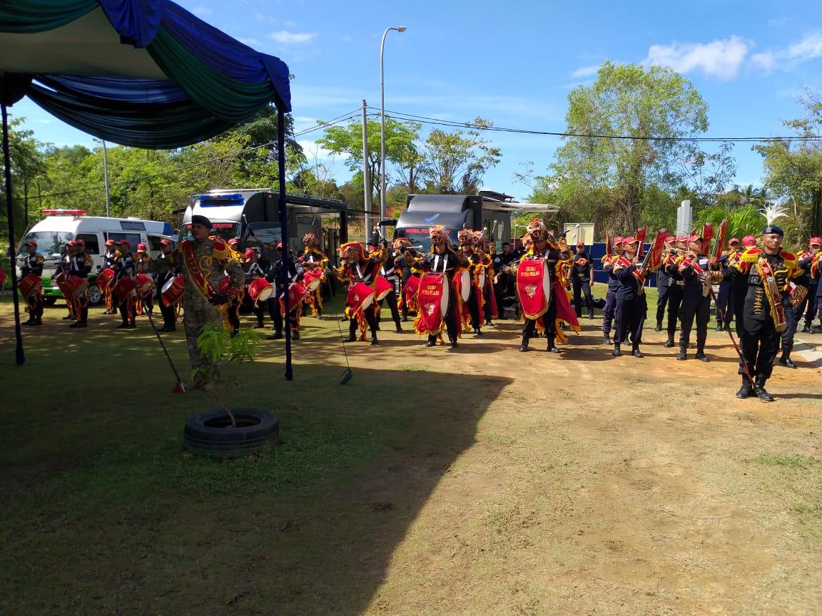 Read more about the article Turut Meriahkan Ultah BPOM Batam ke 19, Penonton Drumband Satpam Canka Putra Perkasa Takjub