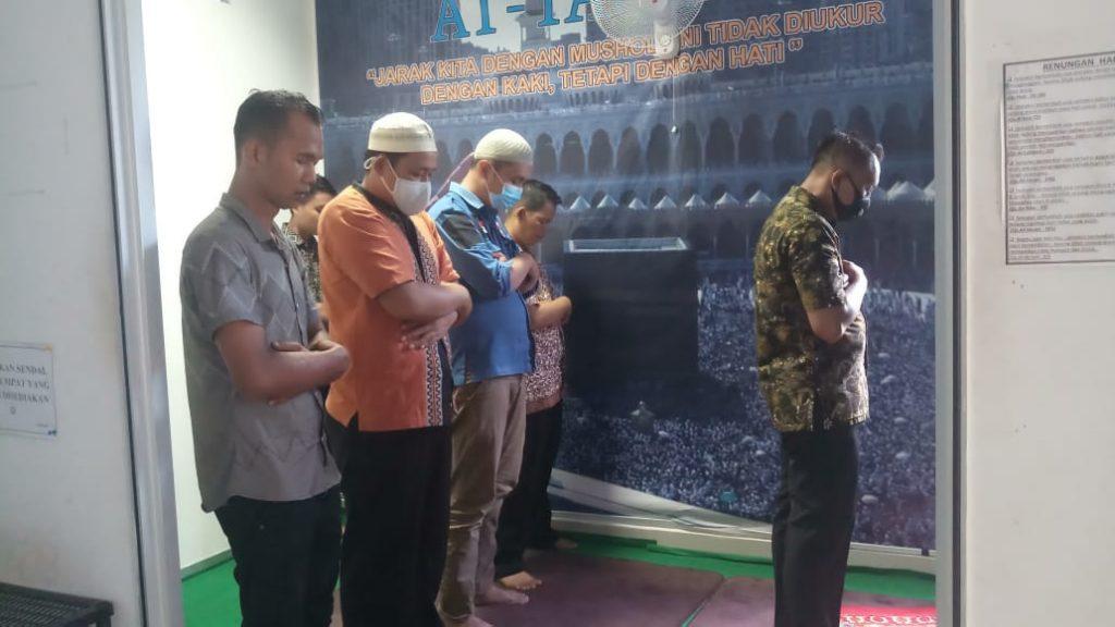 Ibadah Bersama Satpam PTP -  (2)