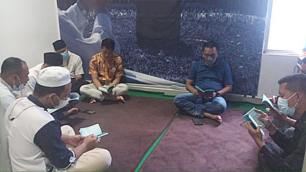 Yasinan Rutin & Doa Bersama -  (1))